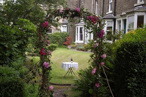 wedding arch1